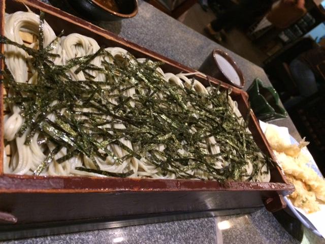 止めどなく胃に入るお蕎麦(須坂屋)