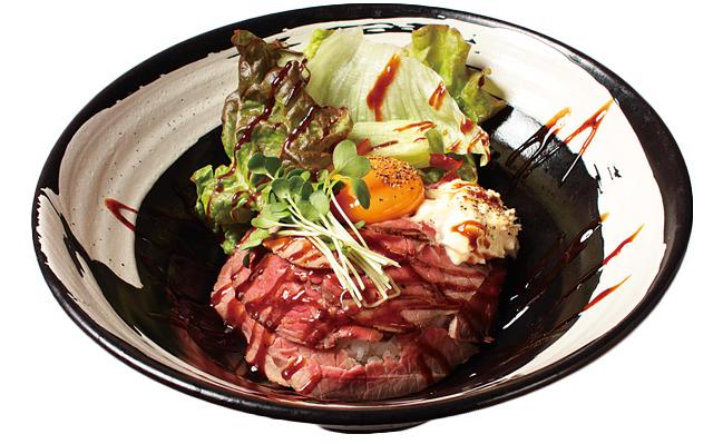 「JUHACHI-BAN古正寺本店」のローストビーフ丼セット