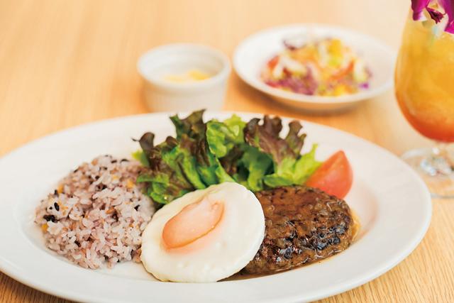 Hawaiian Food & Drink Alohawaii