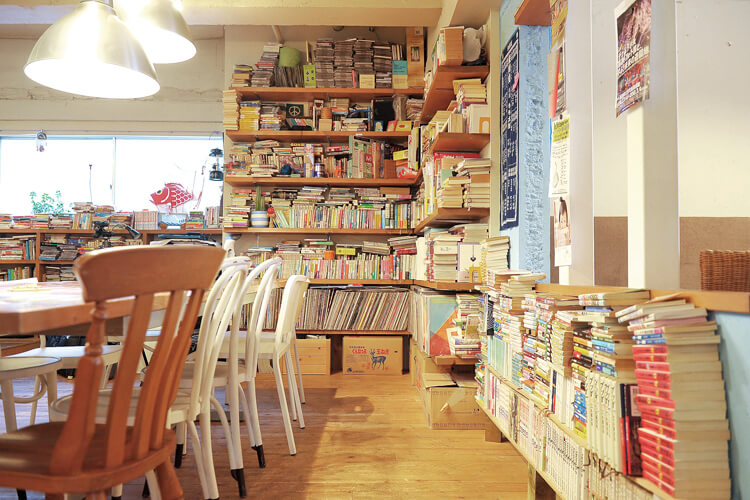 Books & Music Blue Cafe