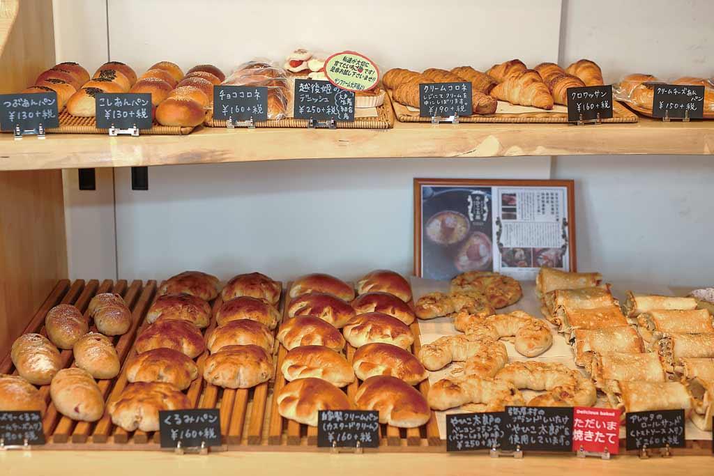 弥彦大鳥居のパン屋さん Le・Lapin