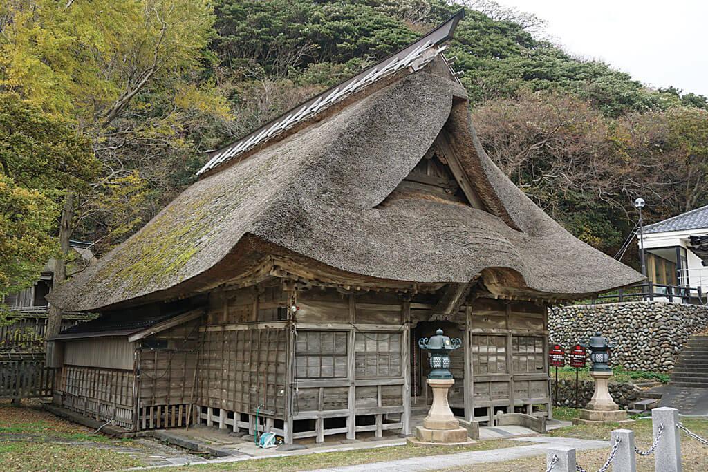 白山神社-本殿