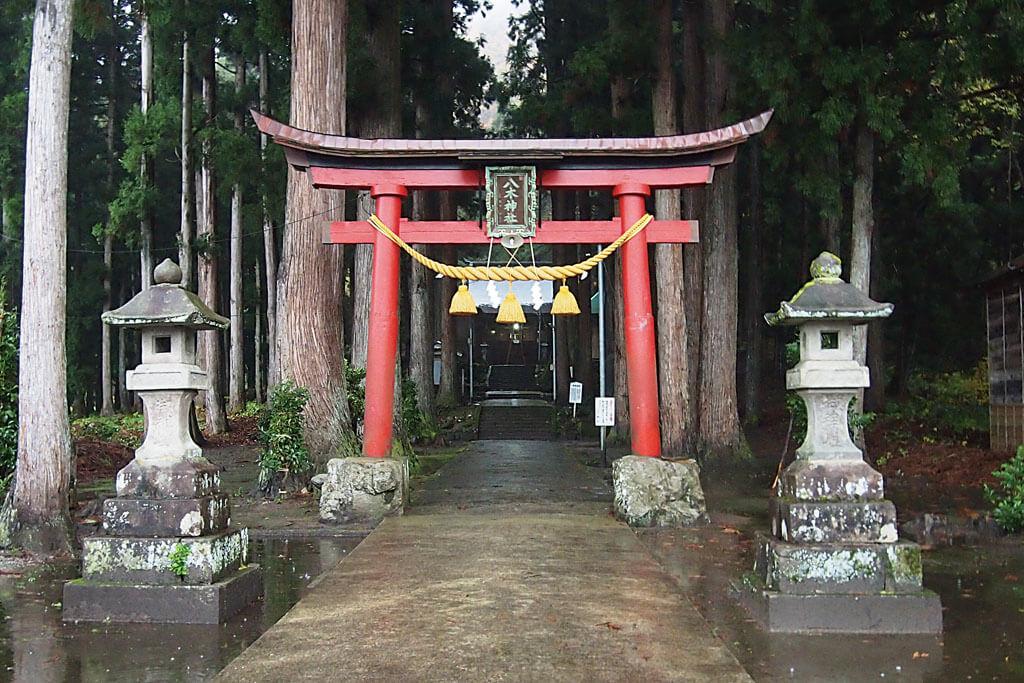 八木神社-本殿