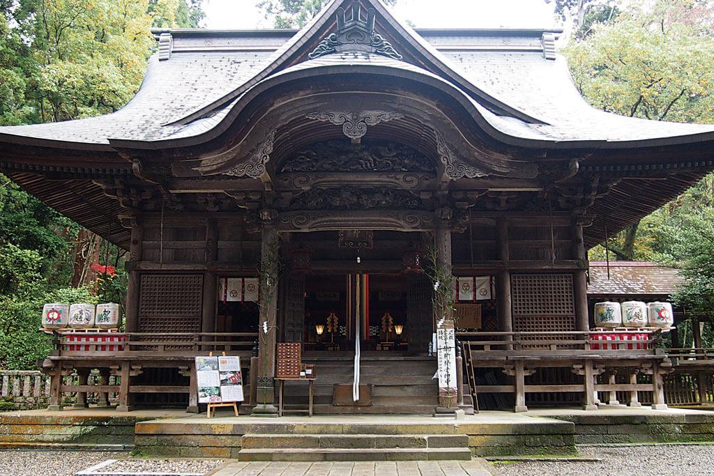 青海神社-本殿