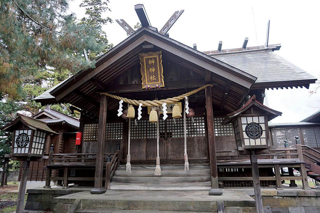 榊神社-本殿