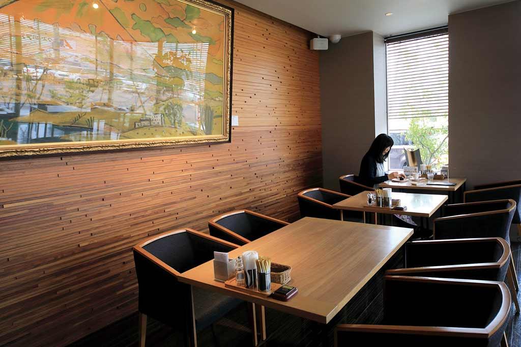ビストロ&Cafe 六朝館