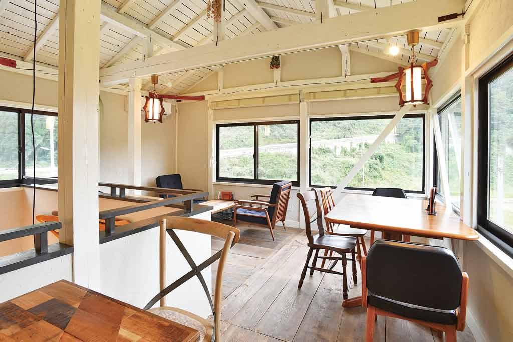 小清水峠の茶屋 EALY CAFE