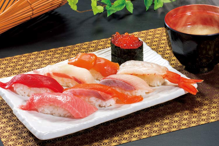 転寿司 鼓響 燕三条店