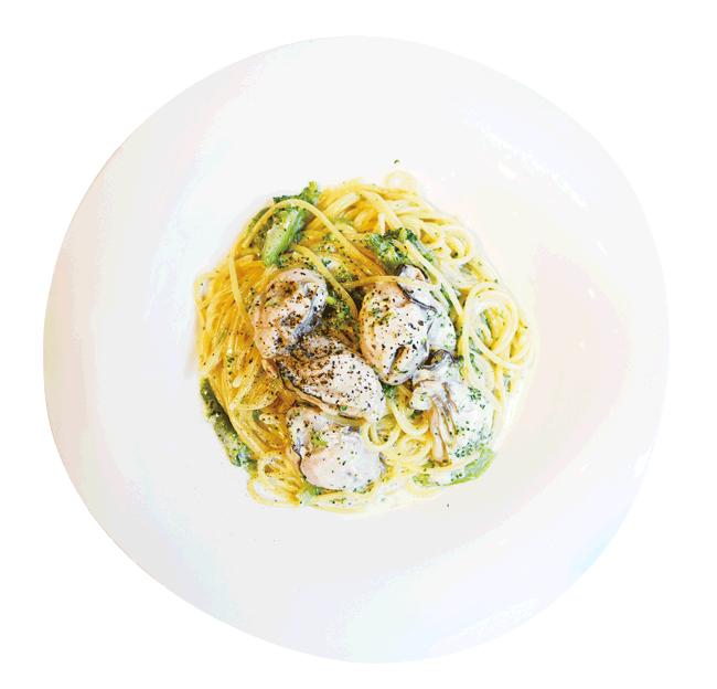 La Fattoria(ラファットリア)のパスタランチ(牡蠣と豊栄産小松菜のクリームソース)980円