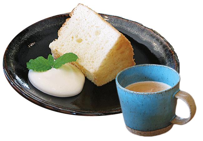 かわのほとりの日替わりのシフォンケーキ(300円)