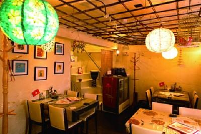 新潟市江南区ベトナム料理店『ミィ・トゥ・クゥア …