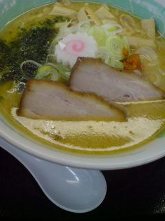 ピリ辛スープがうまい!白味噌中華そば...