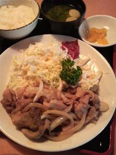 大好きお肉♪量はモリモリ!気分盛り盛り!!のワンコインランチ〜〜...