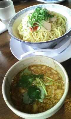 梅×鶏であっさり&スッキリ! 孔明の限定つけ麺