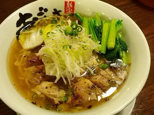 超行列店の絶品塩ラーメン!