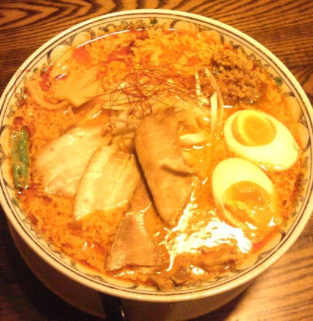 背脂坦々チャーシュー麺