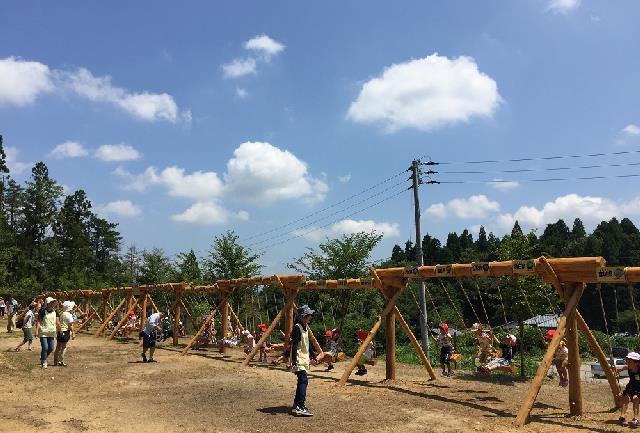 日本一長い木製ブランコが月岡に登場!