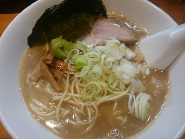 ドロドロ濃厚スープが美味しいラーメン♪