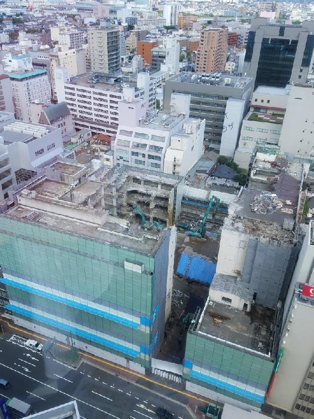 上空から見た大和跡の解体工事風景