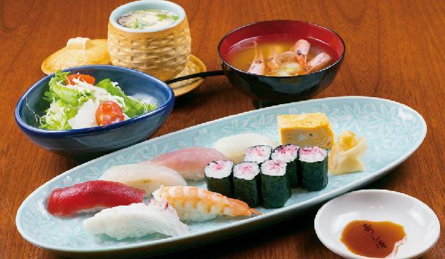 創業から65年の寿司店「すし清」が馴染み易くリニューアル!