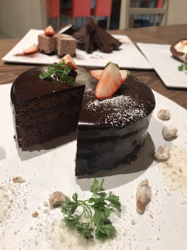 【2/14まで】+500円でチョコレートデザートが食べ放題!