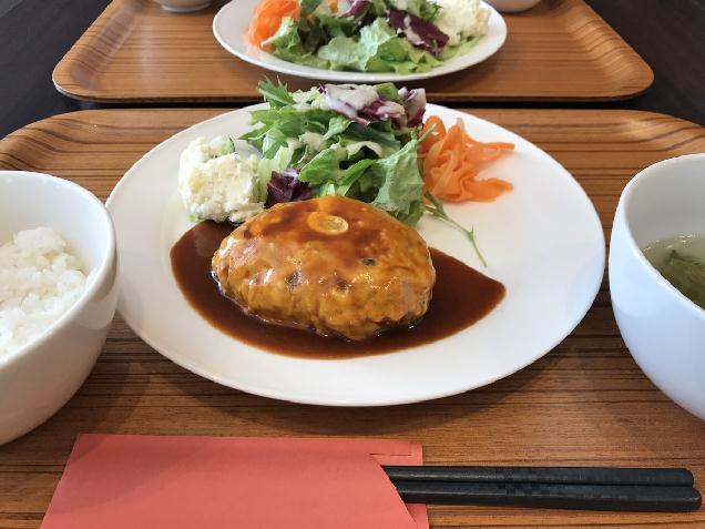 女池エリアの人気洋食店「シェフズキッチン」で開業周年祭を開催中♪