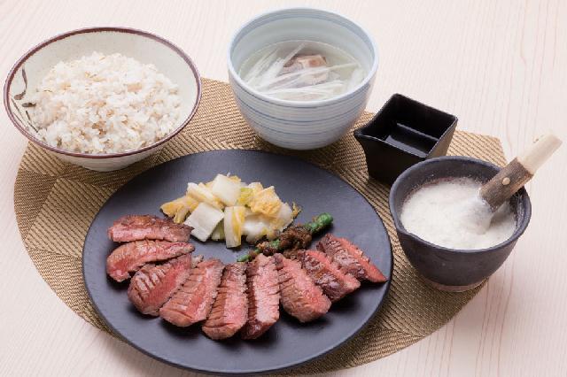 本場・仙台の伝統技法が味わえる牛タン料理の専門店が東区にオープン