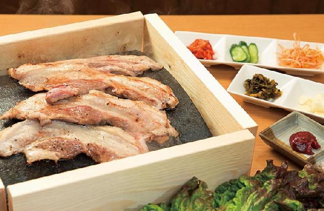 県産豚1頭買い!稀少部位もまるごと味い尽くせる豚肉料理専門店