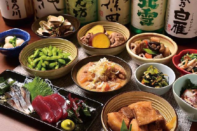 訪れる度に新銘柄が登場?約30種の日本酒&おばんざいのお店が誕生