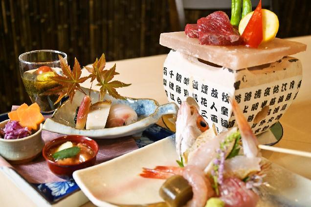 あがの姫牛・松茸・活えび・ウニの高級食材を使用した限定コース!