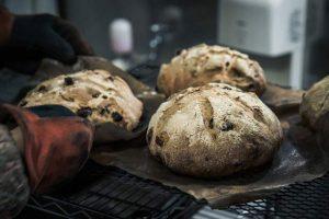 ご夫婦の二人三脚で作る、味わい深いドイツパン。村上市「Marilla(マリラ)」