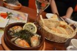 牡蠣とワイン