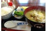 新潟本町食品センター内にオープンした「洋食と定食 ま ...