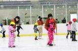 参加者募集中!子供も大人もOK♪「春休み短期スケート ...